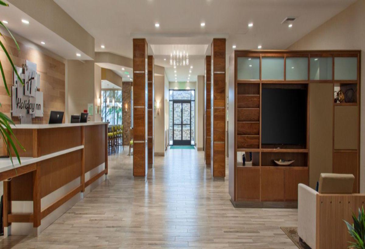 Holiday Inn Diamond Bar - Level 3 Design Group Portfolio
